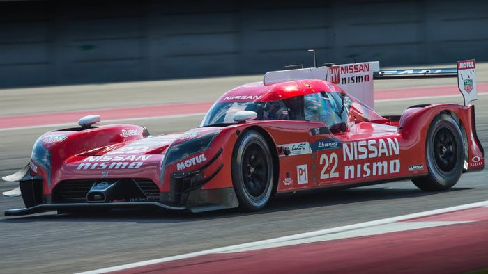 The GT-R LM NISMO testing in late 2015 with new aero configurations