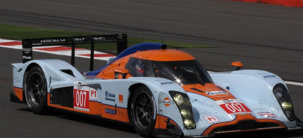 The 2009 LMS title winning B09/60 of Jan Charouz, Thomas Enge and Stefan Mucke
