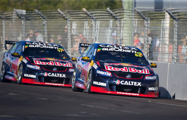 Whincup leads van Gisbergen at Townsville