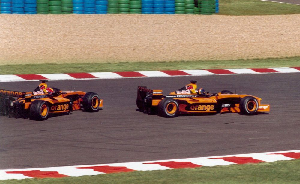 The Arrows of both Frentzen (front) and Bernoldi (back) before failing to qualify for the 2002 French GP