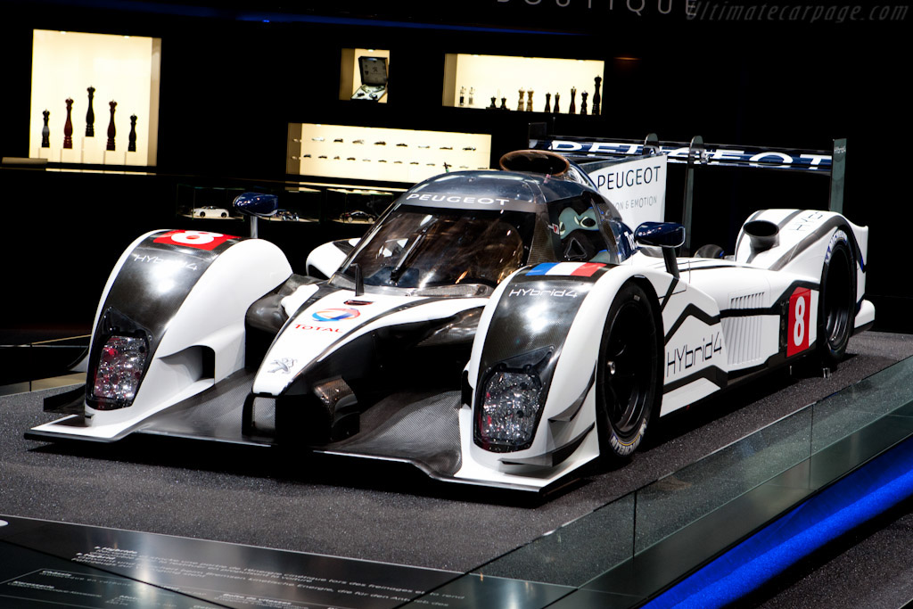 The 908 Hybrid4 on public display for the first time at Geneva 2011.