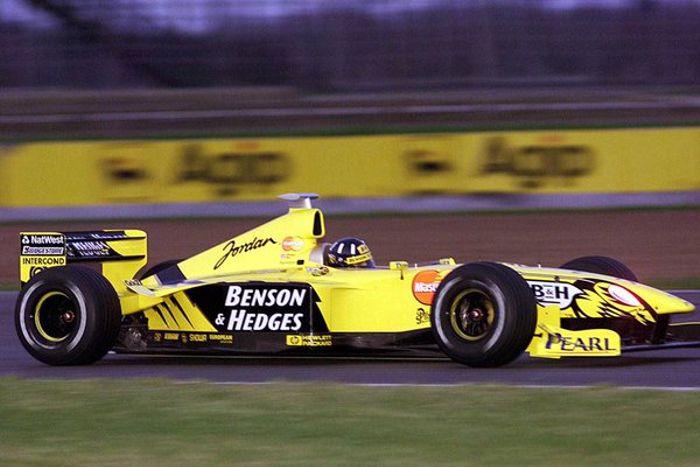 Damon Hill testing the 199 in pre-season testing at Silverstone