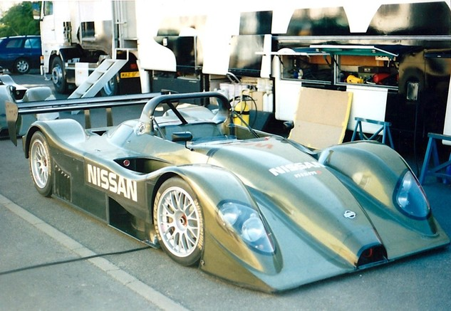 The naked R391's, Le Mans Pre-Qualifying 1999.