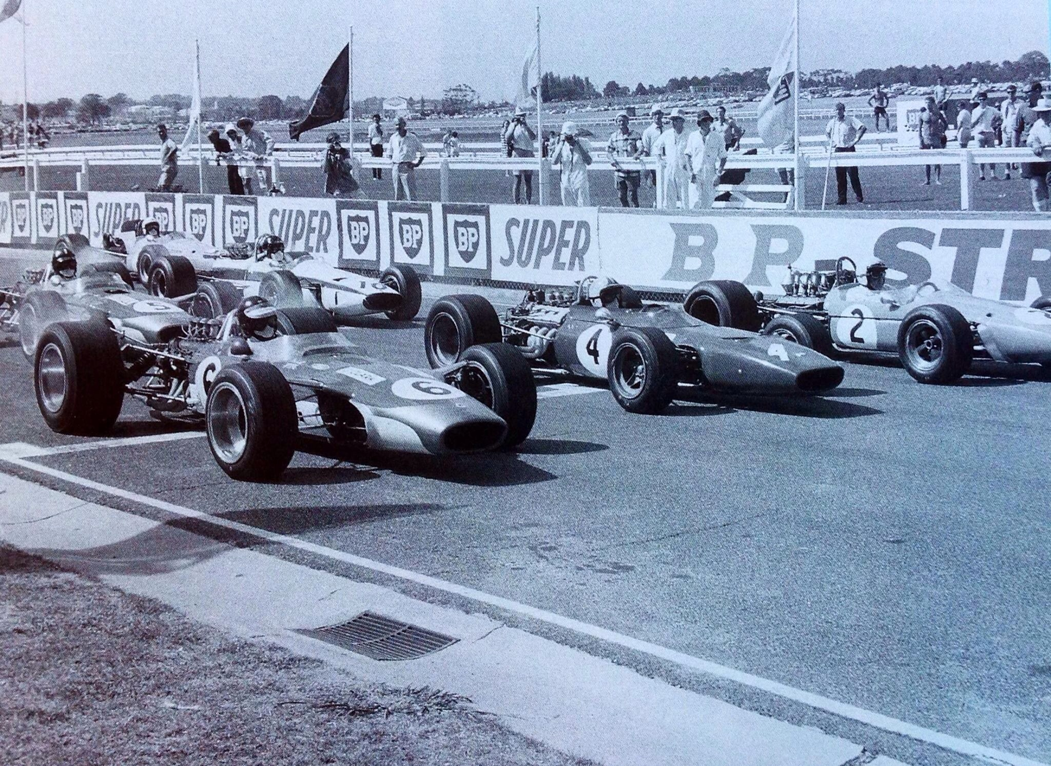 Jim Clark, Chris Amon and Jack Brabham on the front row at the 1968 Australian Grand Prix