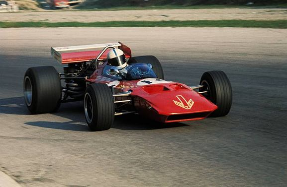 The front wings were deleted to reduce drag on Monza's long straights.