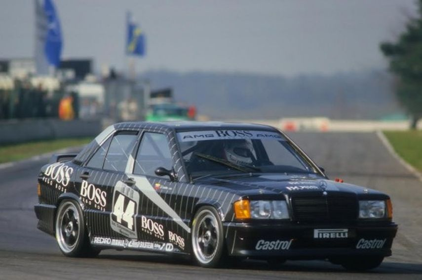 The small 190E 2.3-16 became Mercedes' main touring car weapon.