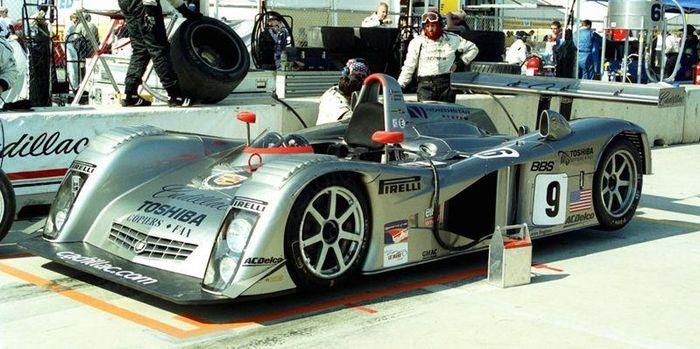 Petit Le Mans 2000.
