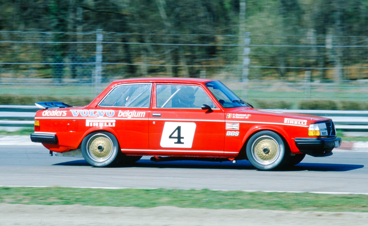 Francevic's car was an ex-Belgian Volvo Dealer Team car