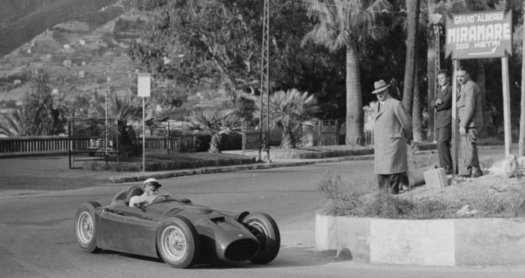 Gigi Villoresi testing the D50 prototype at Ospedaletti street circuit, San Remo 1954.