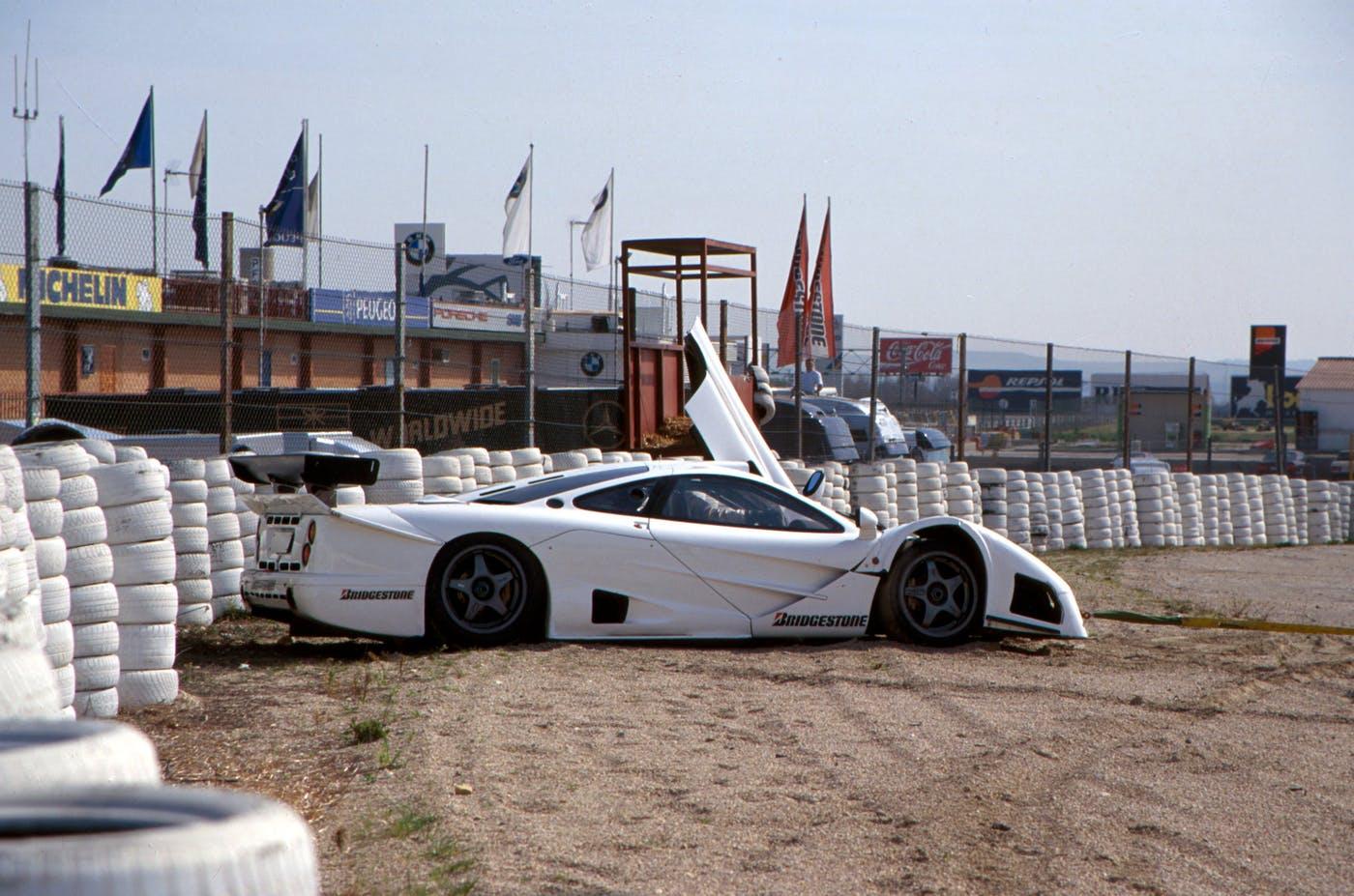 The wounded car after Bernd Schneider's crash, Jarama 1996.