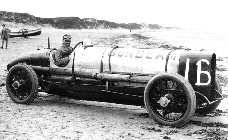 Malcolm Campbell and the Sunbeam 350 HP, Pendine Sands 1924.