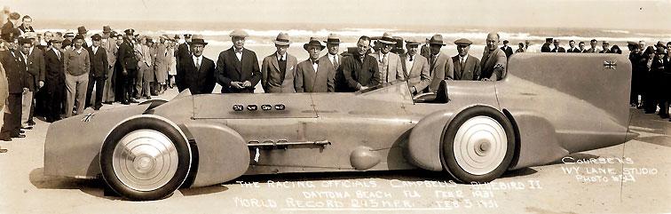The land speed record officials posing with Blue Bird, Daytona Beach 1931.