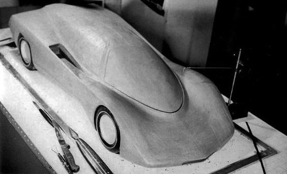 The initial scale clay model of the JP6.