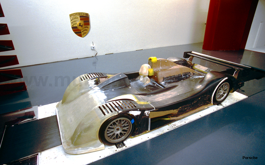 Scale model of the 9R3 undergoing wind tunnel testing,