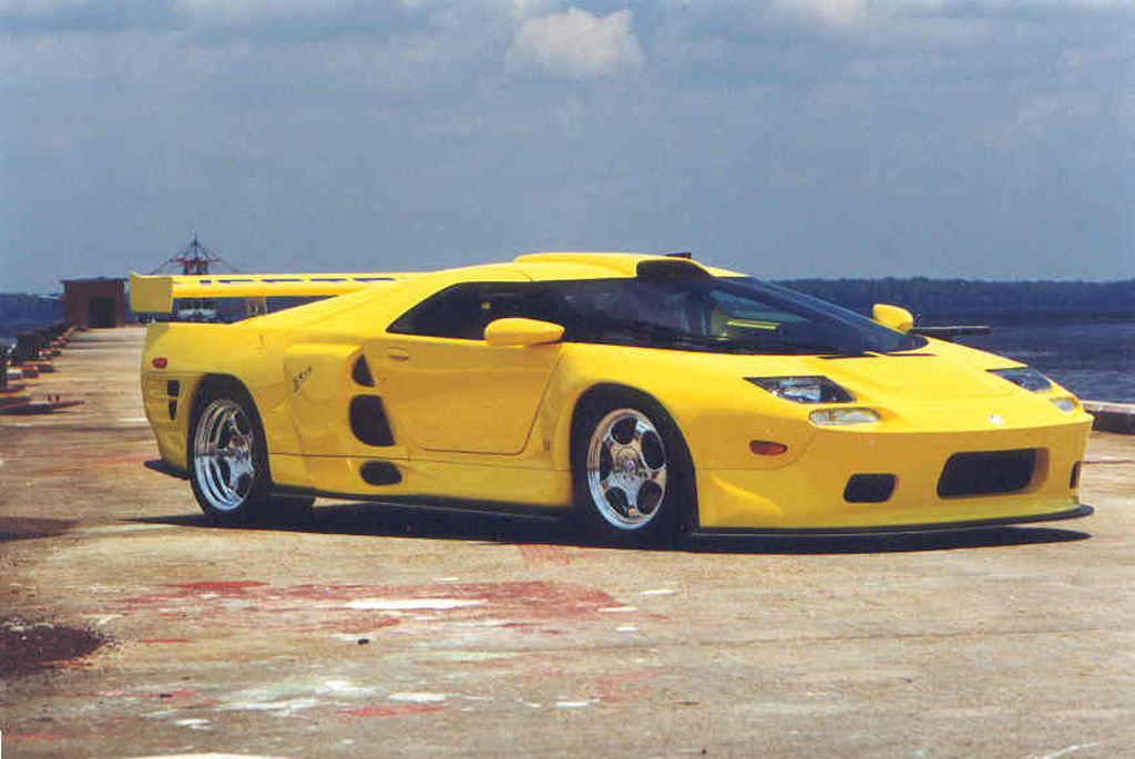 The GT2-racer was turned into the SRV8 as a last ditch attempt to keep the brand alive.