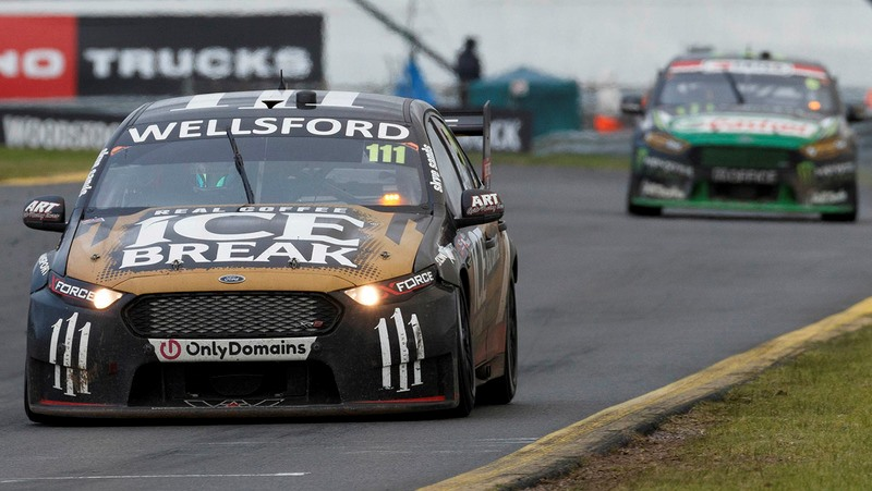v8supercars-sandown-2016-chris-pither-and-richie-stanaway-super-black-racing-ford.jpg