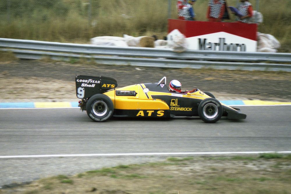 Manfred Winkelhock made a bizarre spectacle of himself at Zandvoort.