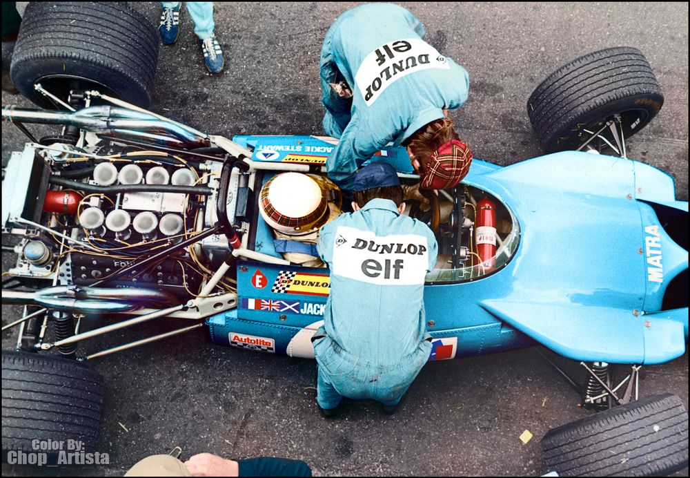 In the MS84, the gearbox found a new home behind the driver.