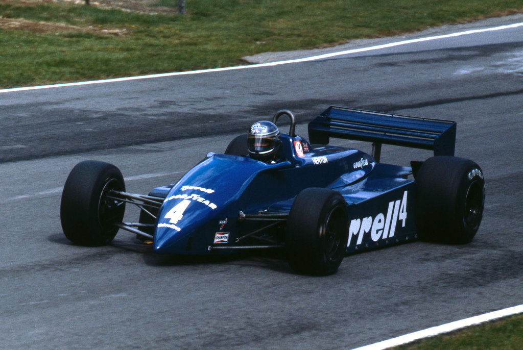 The 011 was Tyrrell's last ground-effect car, note the lack of a front wing and the long sidepods.