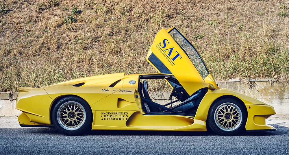 Apart from the iconic doors and the legendary engine, the GT1 had very little in common with its lesser sisters.
