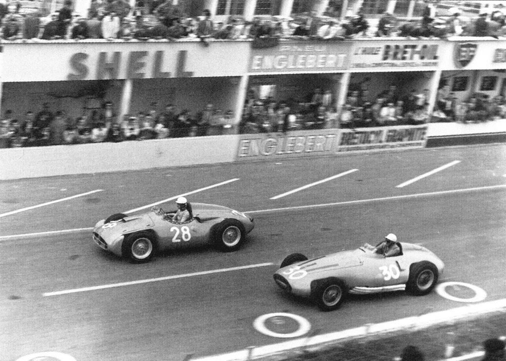 Maurice Trintignant battling Robert Manzon (FRA) and his Gordini T16.