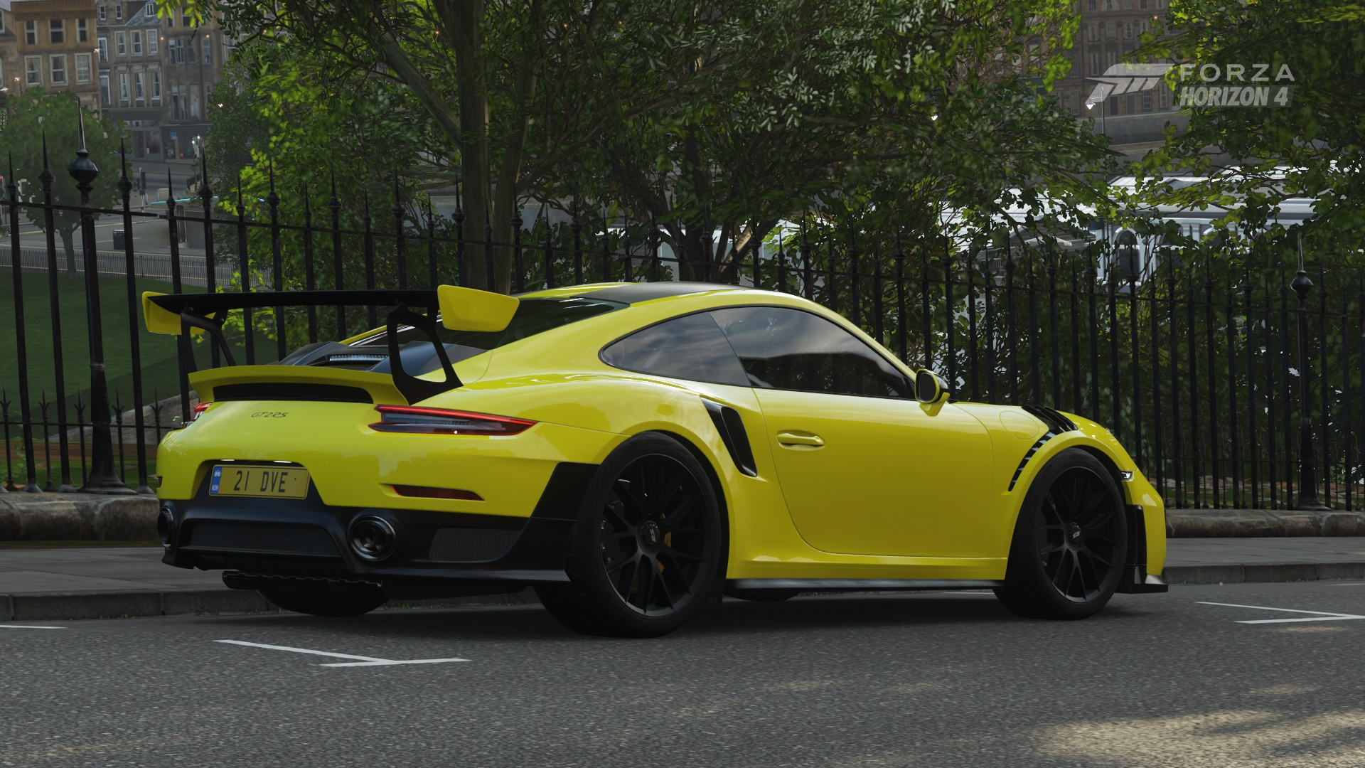 Who knew the GT2 looked so good in yellow?