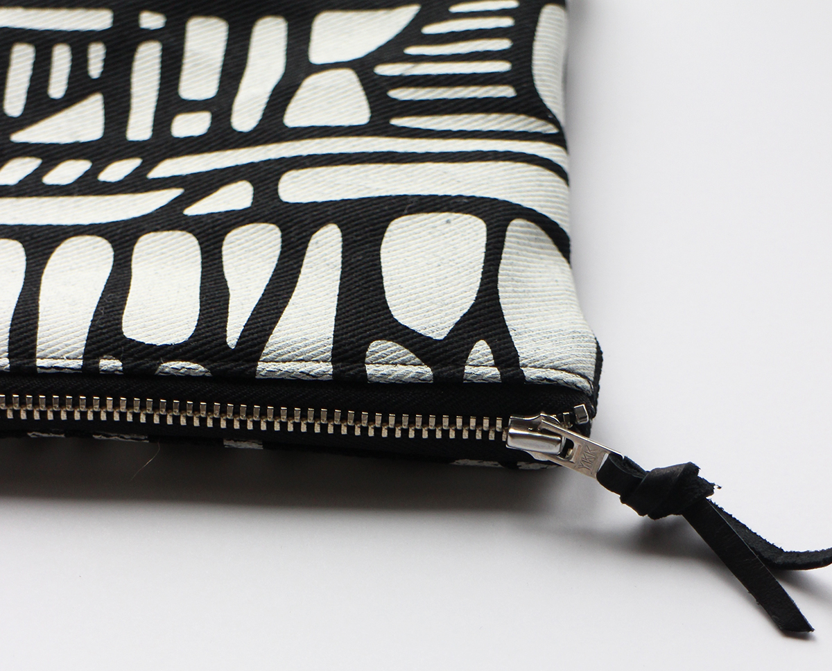 My new line of Linear Shapes pouches! So graphic, so stylish :-)