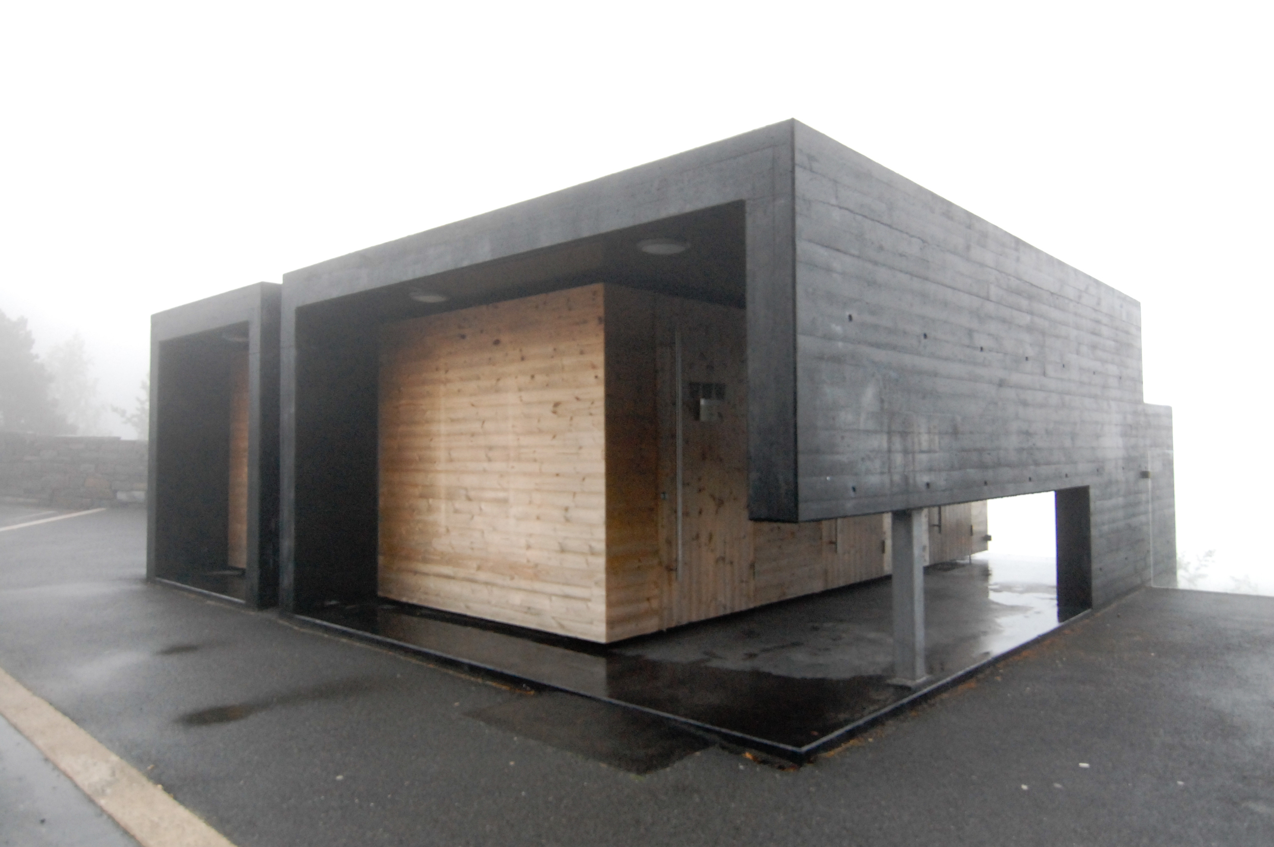 aurland-toilets_5917619174_o.jpg