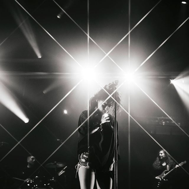 @jessiereyez in black and white / @redbullmusic @thecreatorclass 💫