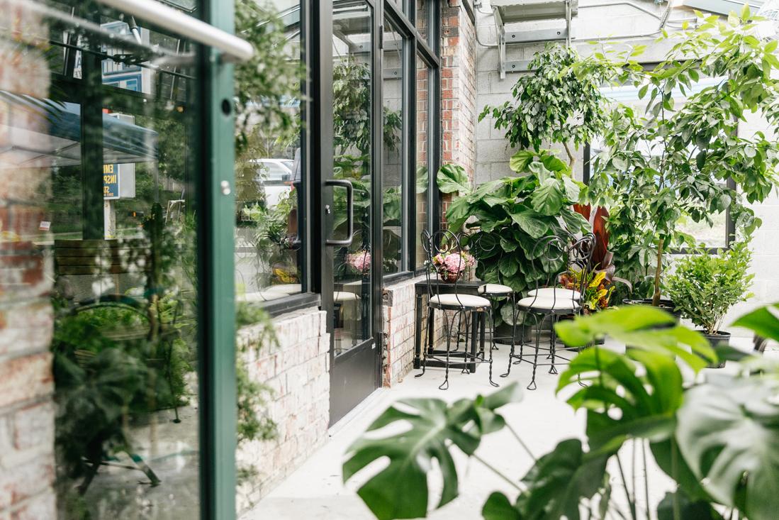 Wellstruck Lady Boss | The greenhouse café at Vault + Vine
