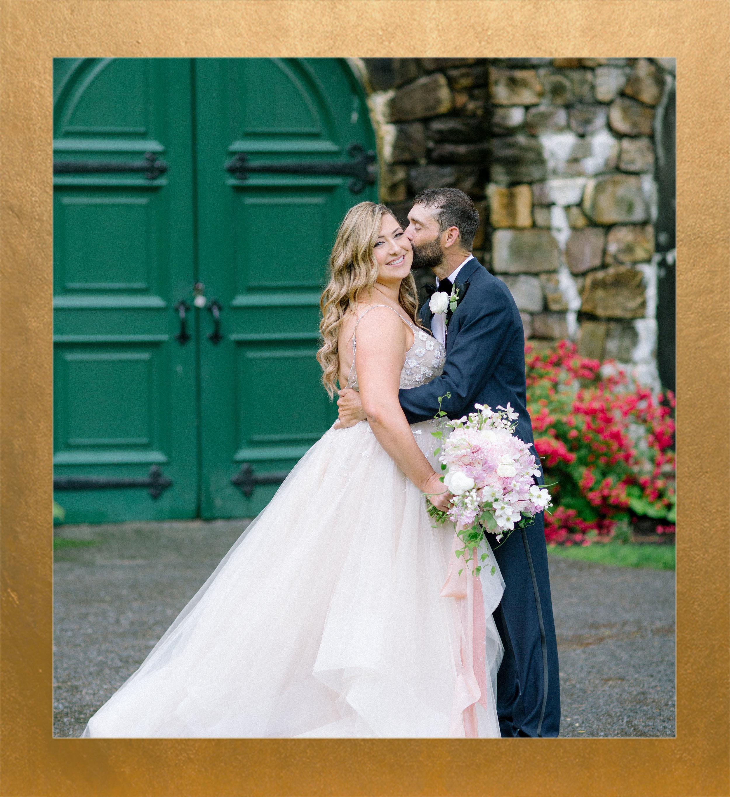 Lush and Blush Strong Mansion Wedding