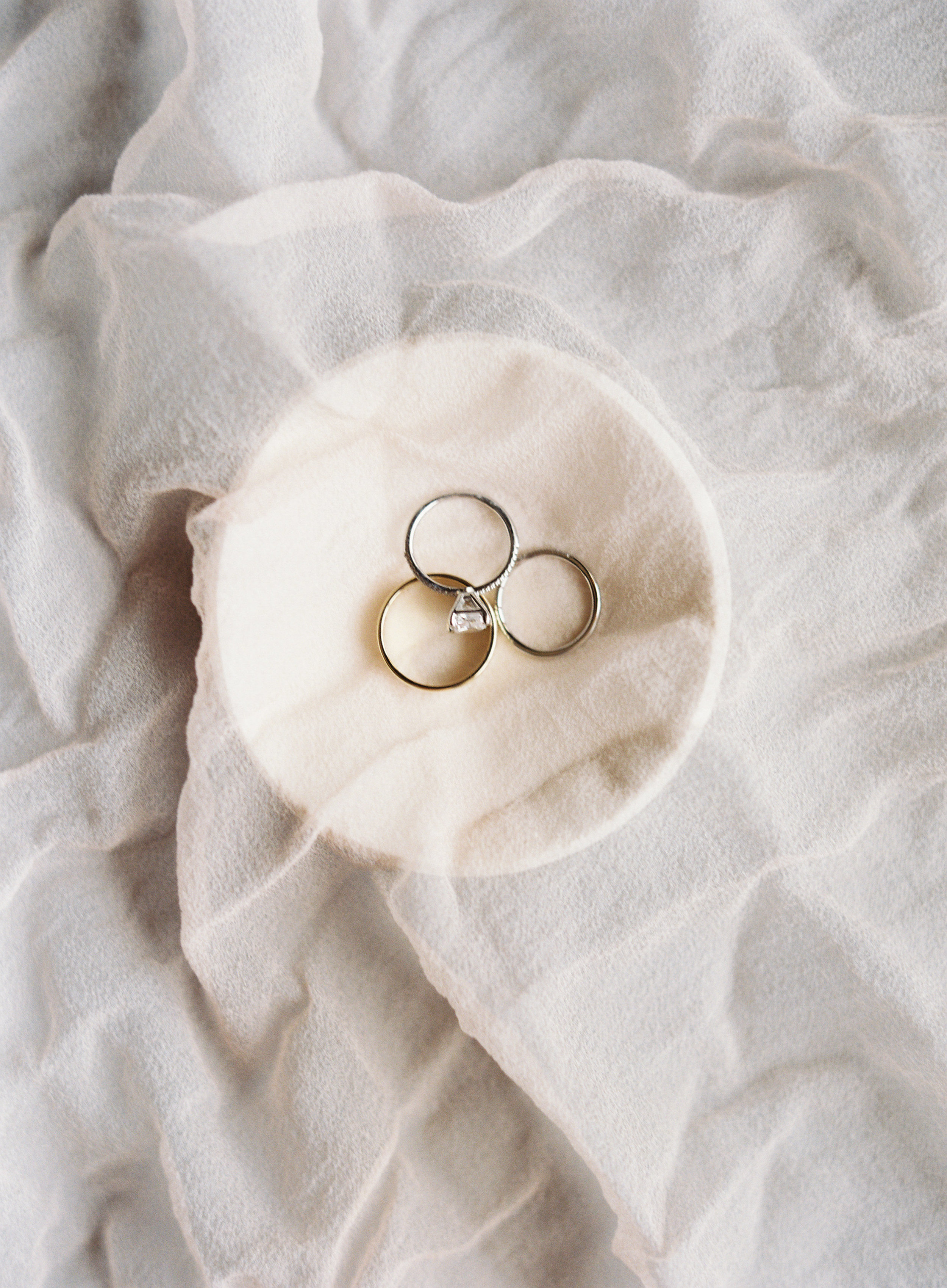 Claire and Tommy s Lovestory-Details Preparation-0006.jpg