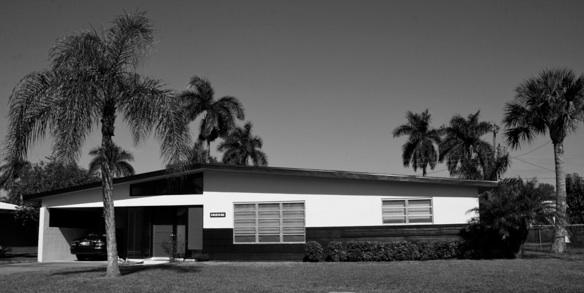 Photo 2: Mid-Century House. Photo: Joyce Owens
