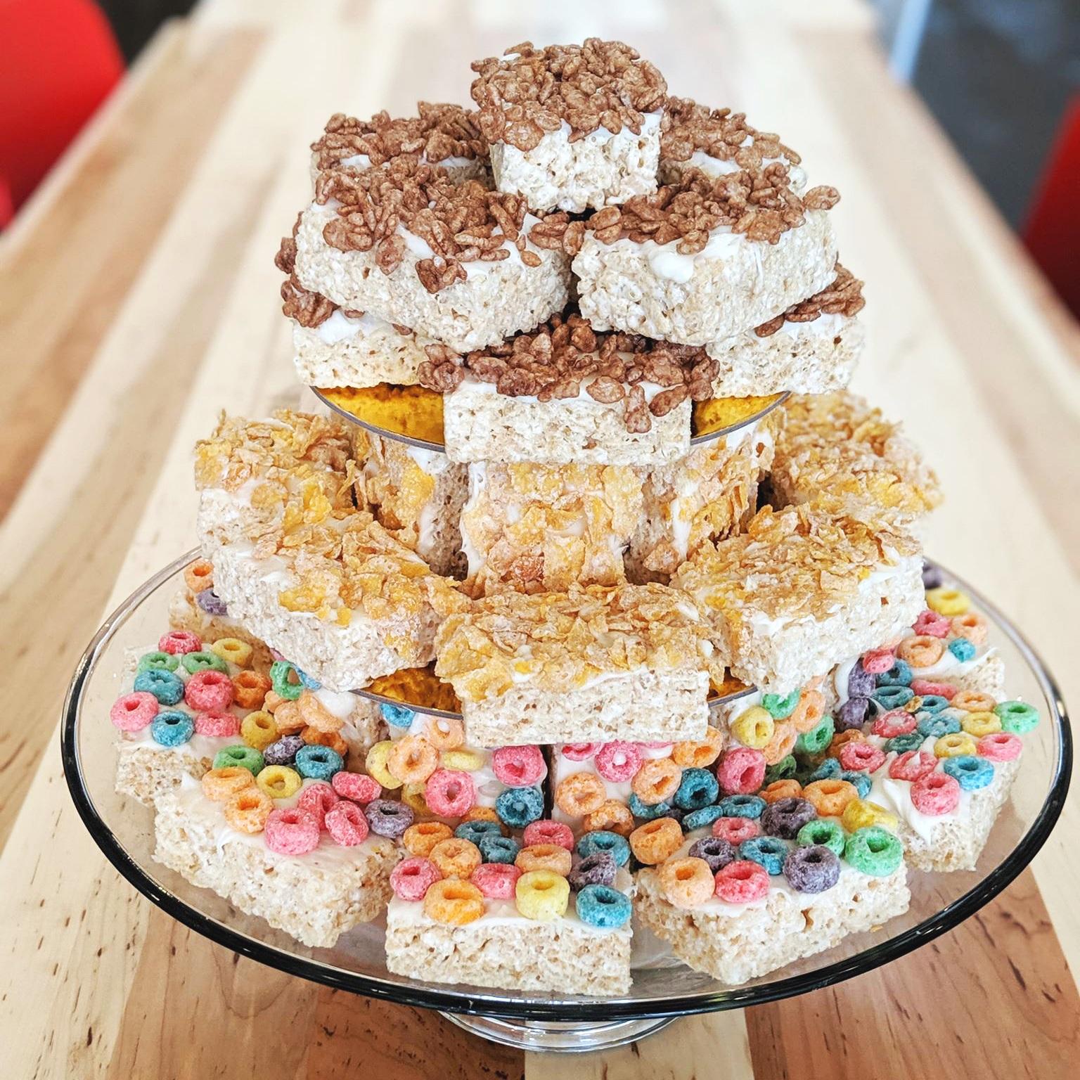 Rice Krispies Treats Pull-Apart Birthday Cake -