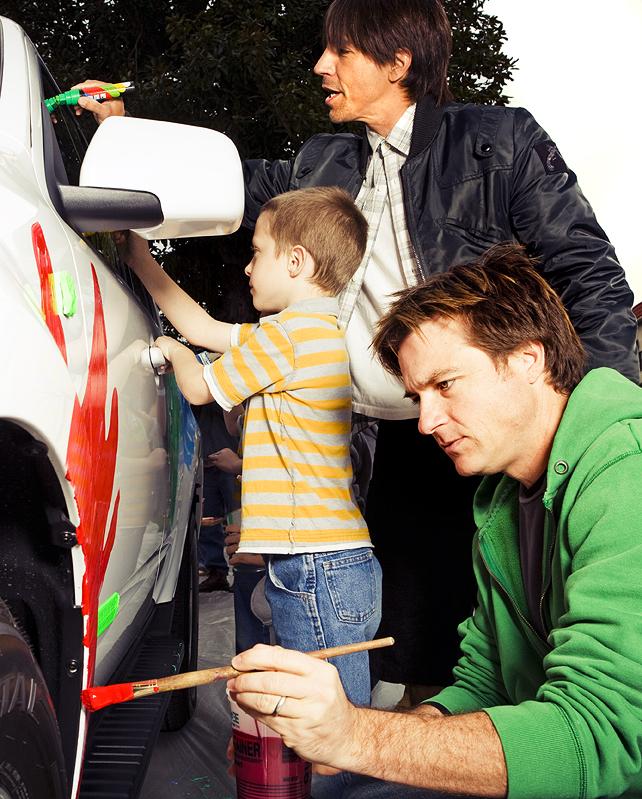 Jason Bateman Anthony Kiedis and child.jpg