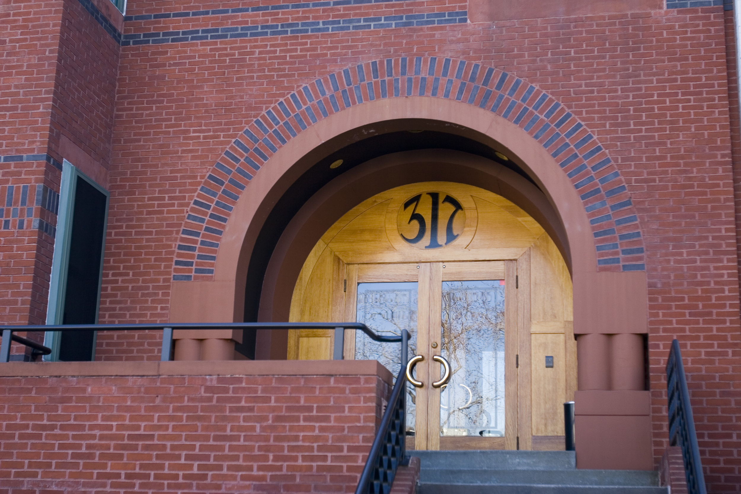 317 Entrance (H)_MG_2017.jpg