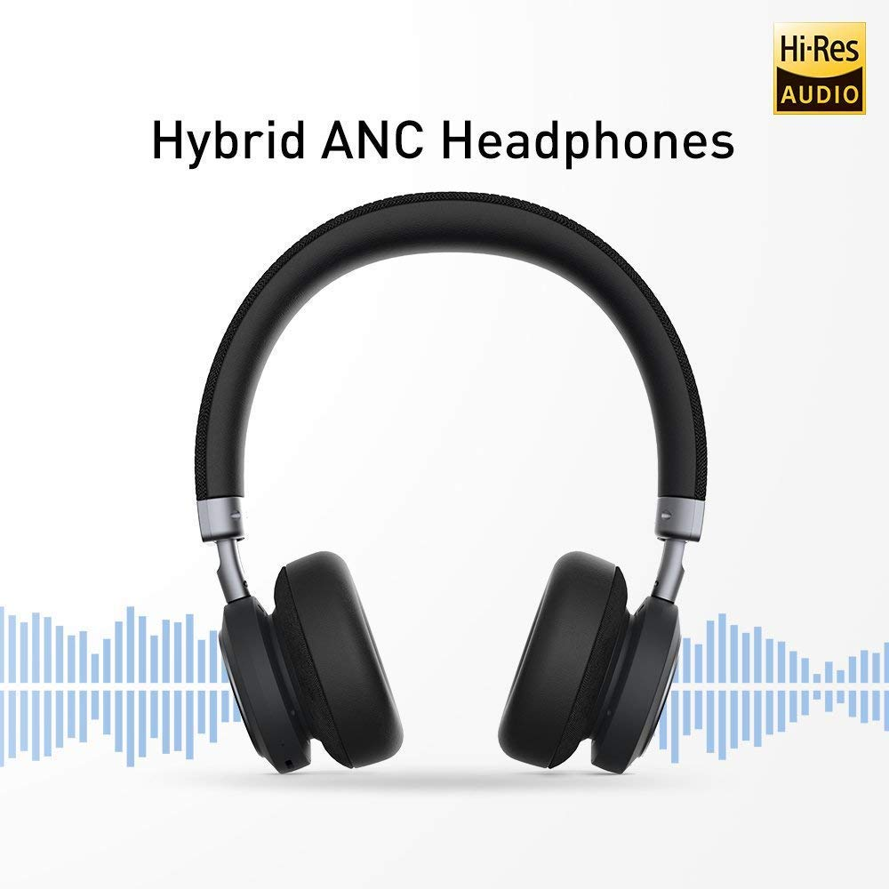 Adjustable hybrid Noise Cancelling - The noise-cancelling headphones has three levels of noise cancelling and you can have it on high, medium or off for a variety of scenarios - block out the world or keeping an ear open for flight announcements.