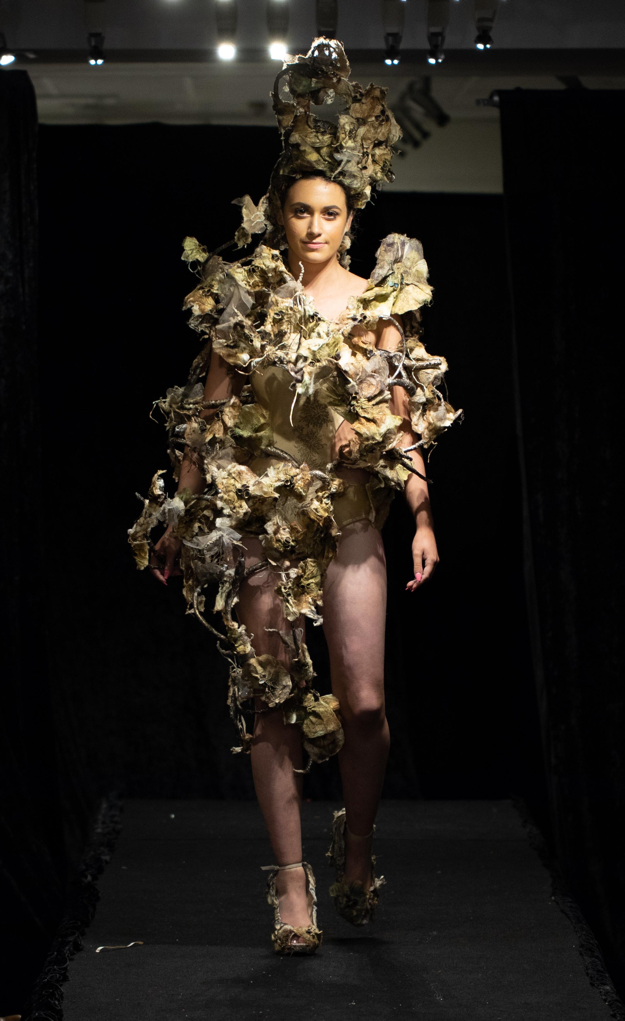Svenja Lichen Morphology Wire armature, papier-mache, silk paper, silk cocoon stripping, shimmer inks, acrylic paint, crochet cotton, paper string Photo: Grant Wells