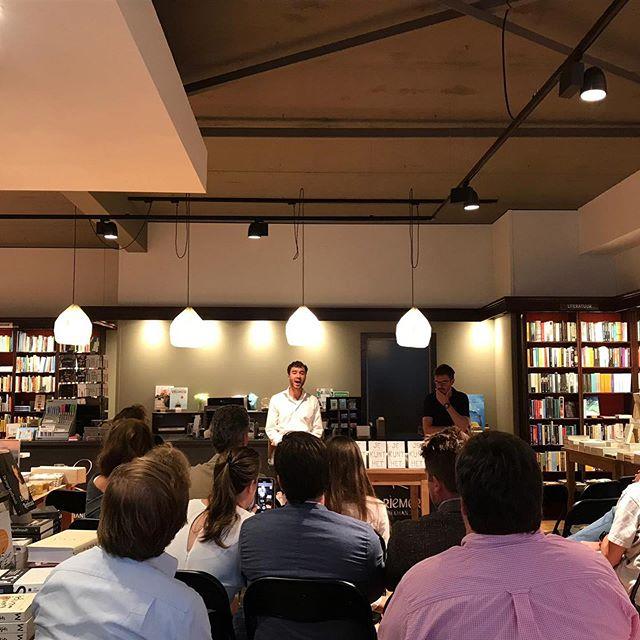 Een boek presenteren was nieuw, spannend en super leuk! #nagenieten #jekunthet