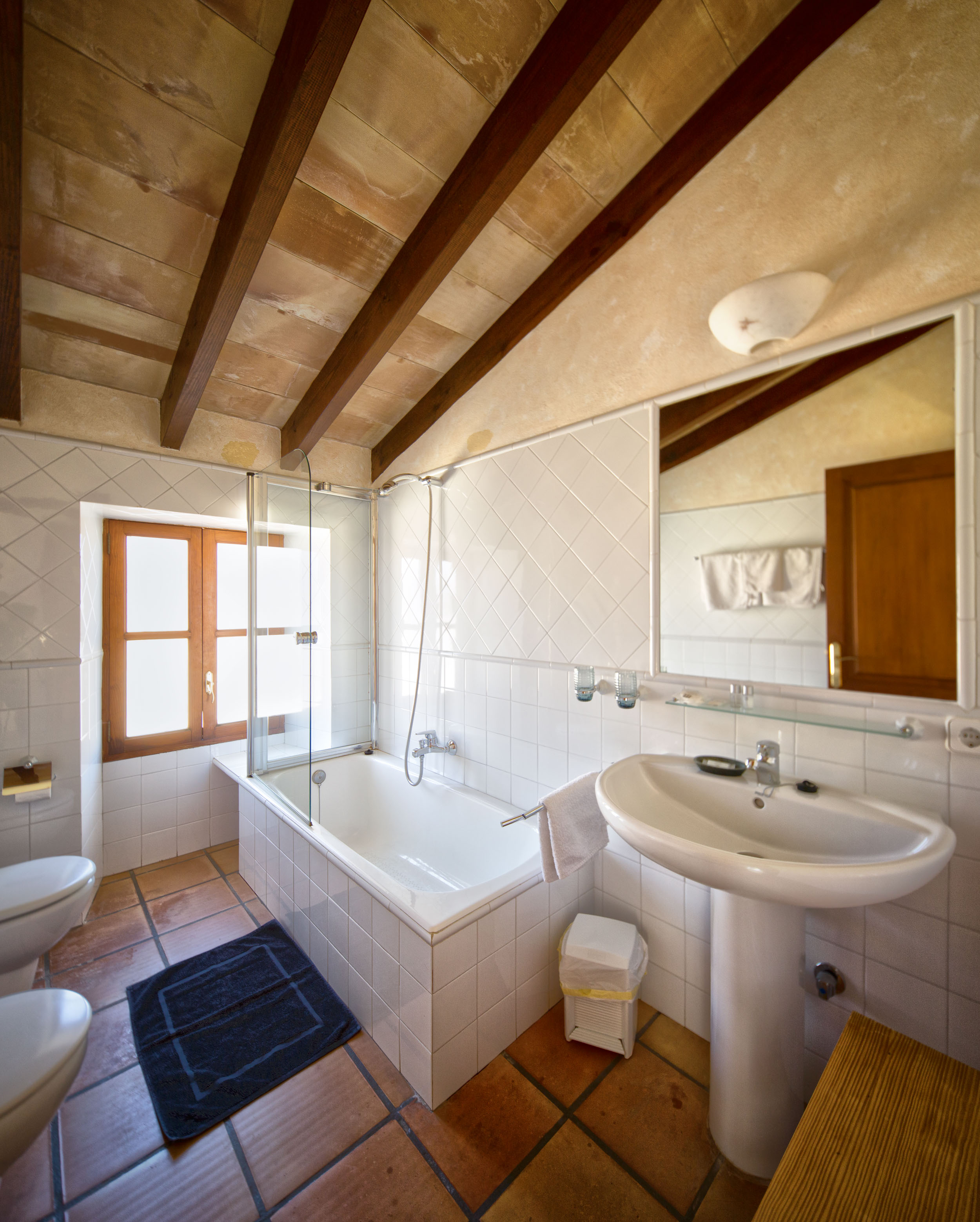 sabarcella_menorca_bathroom.jpg