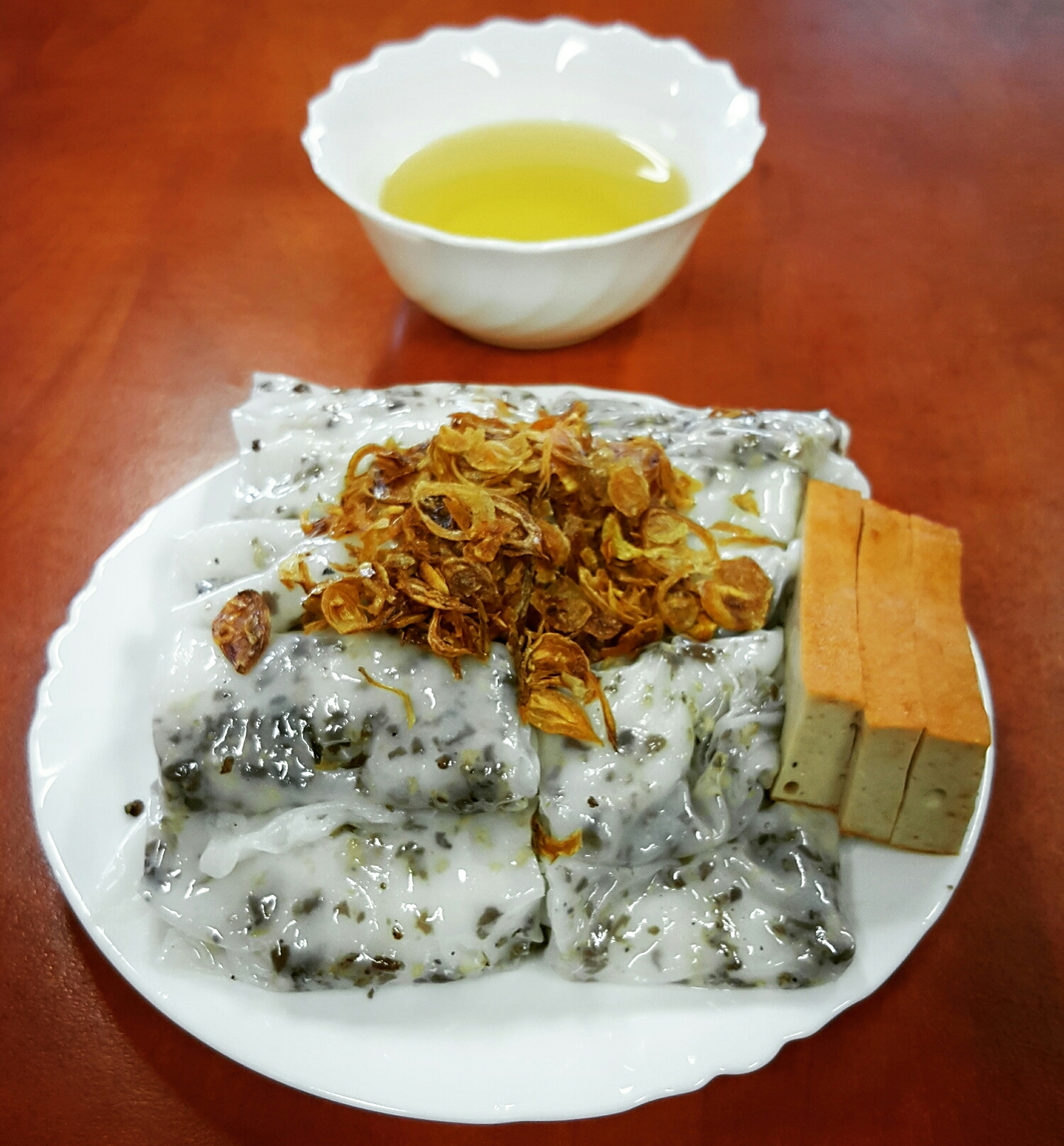 Rice Paper with Pork and Mushrooms
