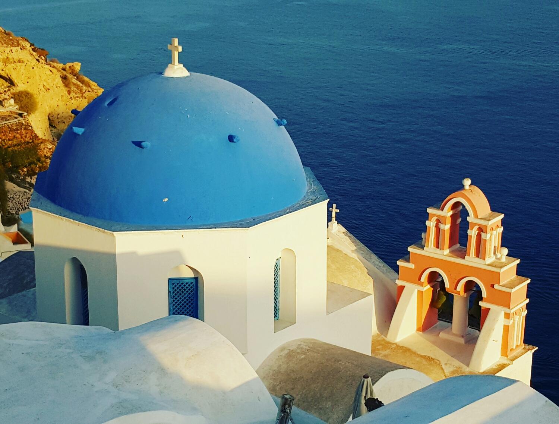 Cúpula de Iglesia en Santorini