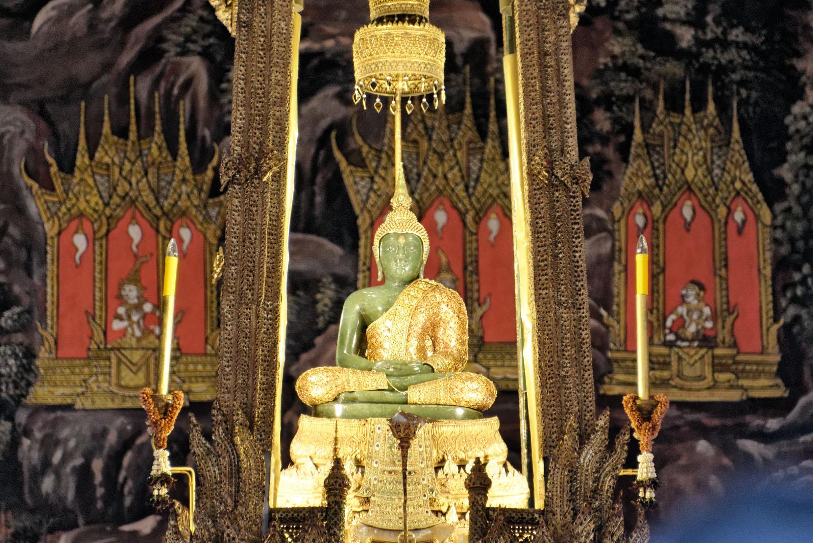 Buda de Esmeralda, Bangkok