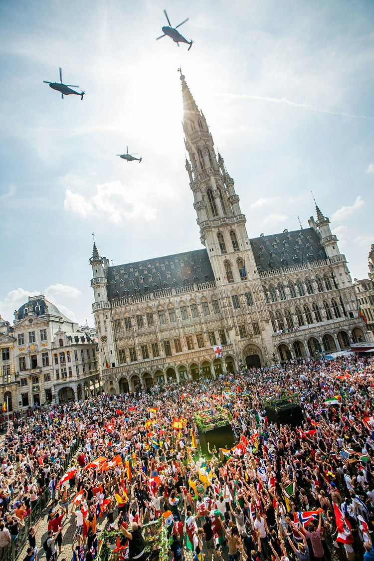 Hotel De Ville in Grand Place before Tomorrowland