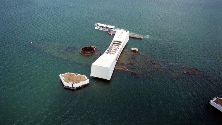 USS Arizona under water