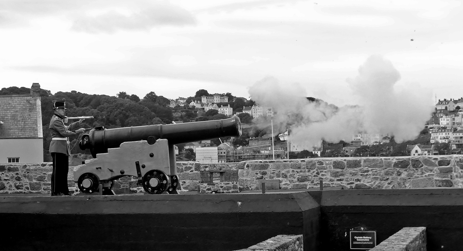 Firing the Noon-day Gun, Castle Cornet, Aug 17