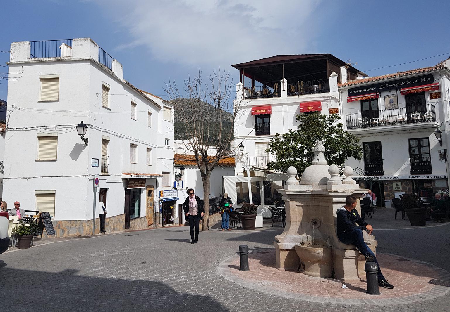 Casares town square