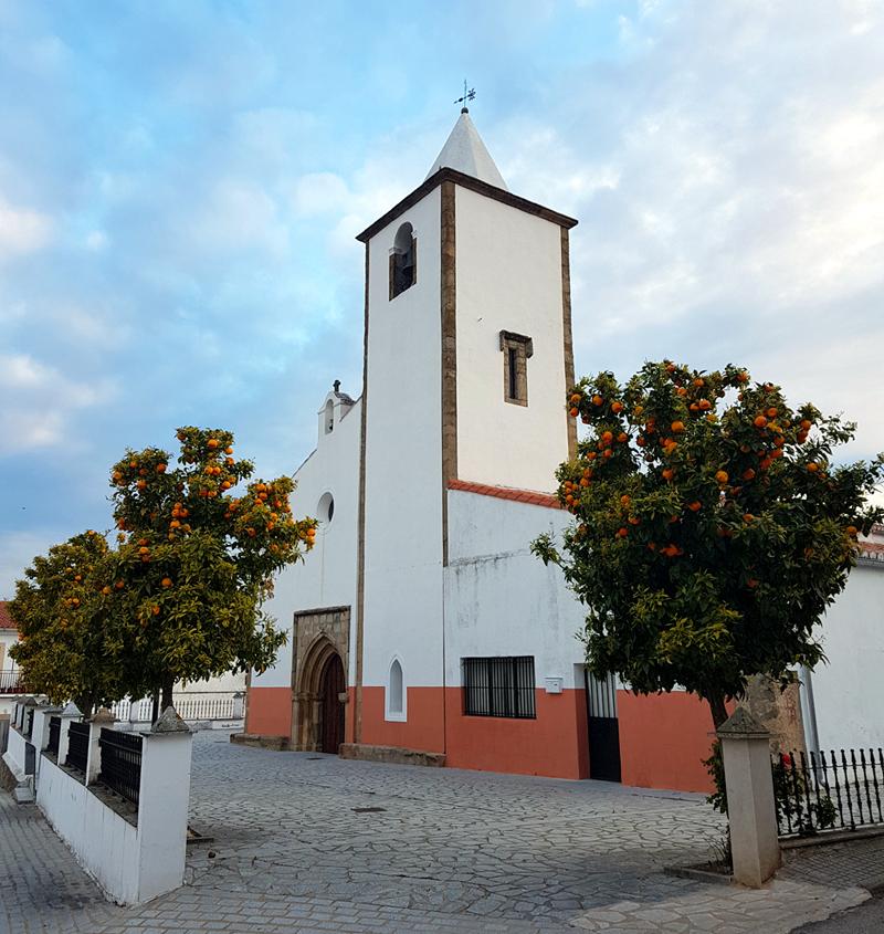 Plasenzuela Church, 13 Apr 19