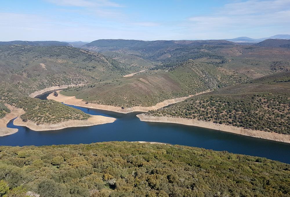 Looking north from Castillo de Montfrague, 13 Apr 19