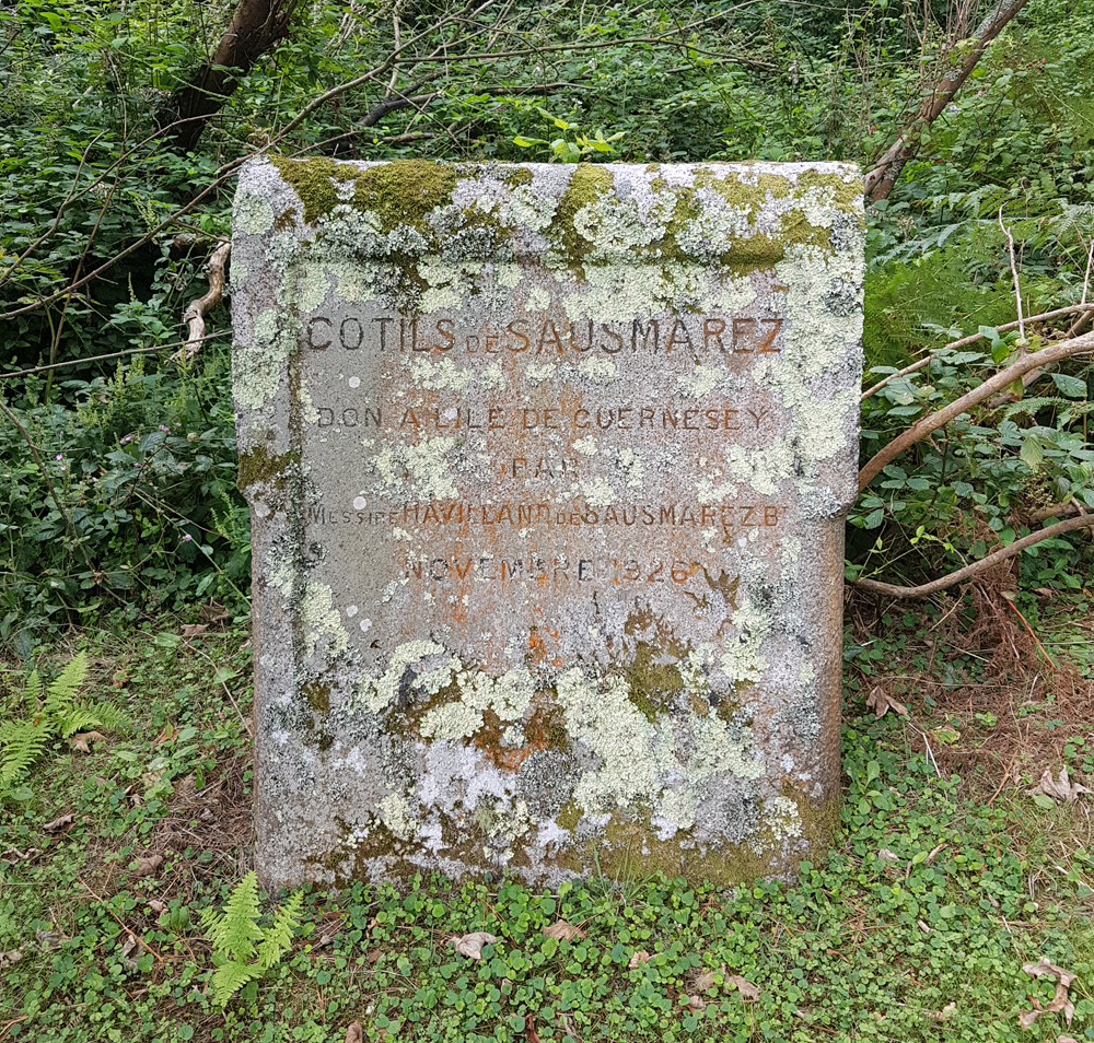 old local marker stone, above Divette, 11 Aug 19